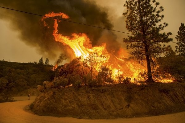 Wildfires Tear Through California Leaving Thousands Stranded