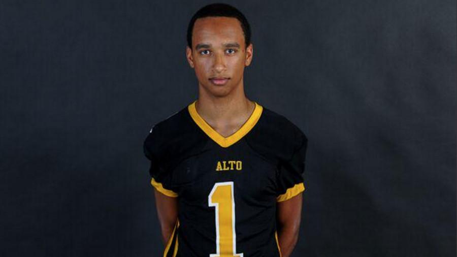Sixth high school football player this year dies